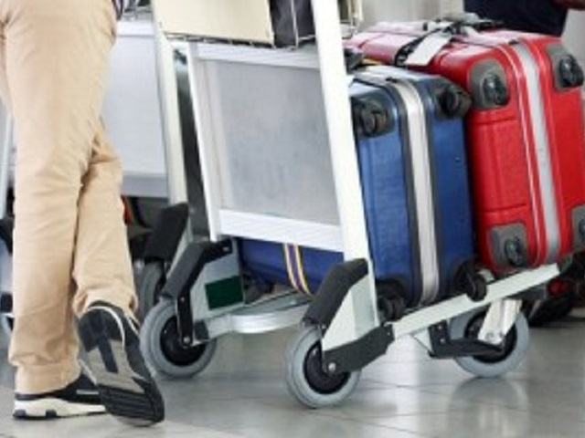How to protect your luggage when you travel