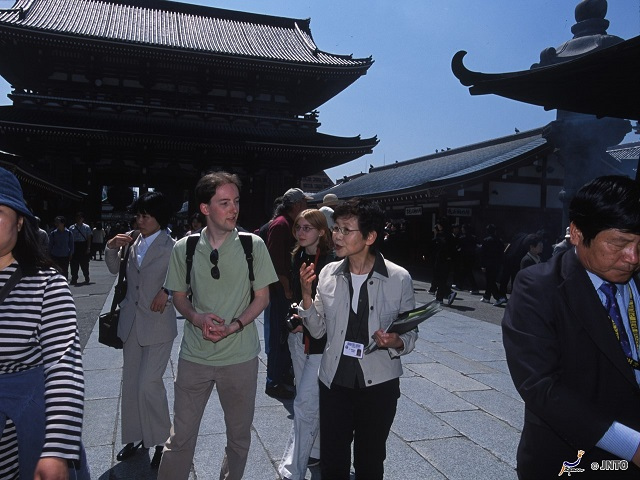 Japan Travel is Easy with Our Knowledgeable Tour Guides