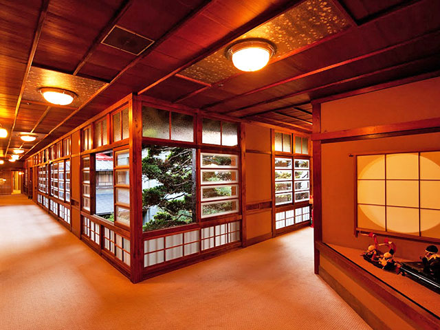 Japanese Travel with Us Includes a Stay in a Japanese Style Hotel