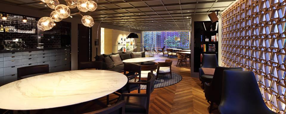 Lexus Cafe