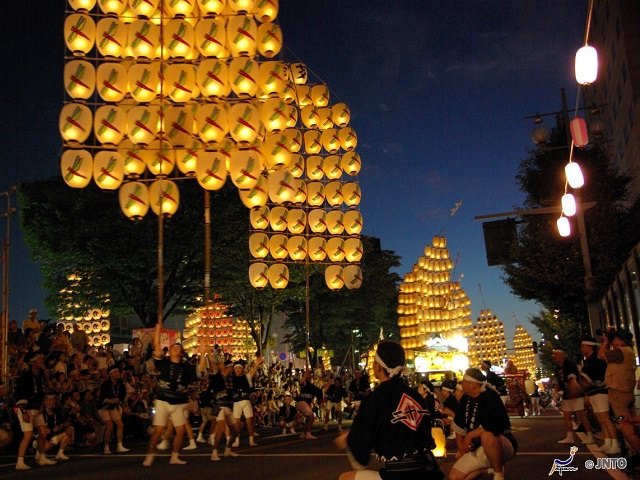 Bamboo Pole Lanterns