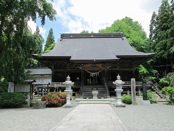 Iwate's Oldest Temple