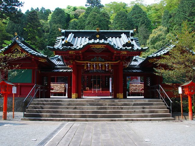Shrine Hidden in the Mist | Hakone