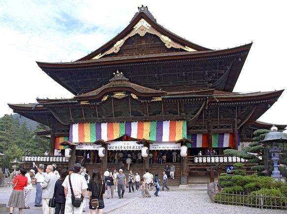 Nagano Zenkoji Temple | Key to Paradise