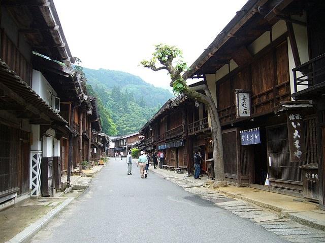 Rustic Post Roads | Nagano