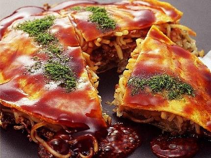 Okonomiyaki Hiroshima-style | Hiroshima Soul Food