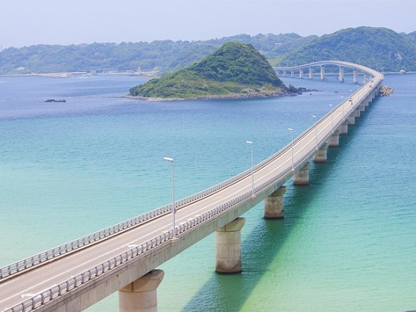 Yamaguchi Tsunoshima Bridge | Beautiful Scenery of the Ocean