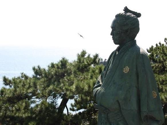 Kochi Katsurahama Beach | Statue of Sakamoto Ryoma