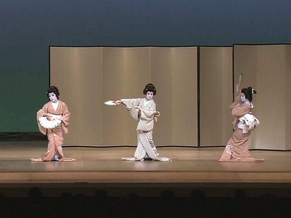 Hakataza | Luxurious Kabuki Theater