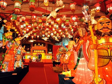 Nagasaki Lantern Festival | Shunsetsu Festival and celebrated Chinese New Years