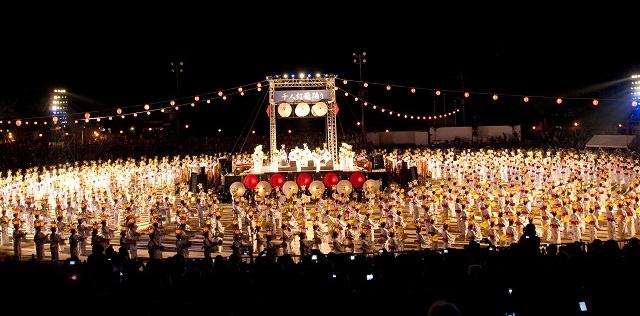 Kumamoto Yamaga Lantern Festival | Yamaga Toro Matsuri