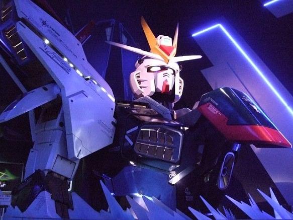 Tokyo Odaiba | 72 ft Unicorn Gundam Model