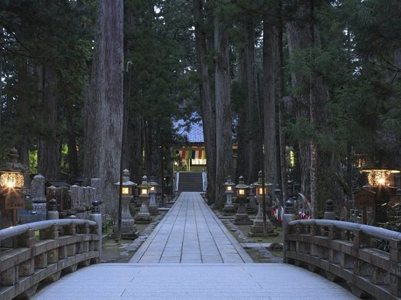 Tranquil Temple & Mausoleum of Kobodaishi | Mt Koya