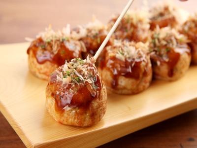 Takoyaki-Japanese fried octopus ball