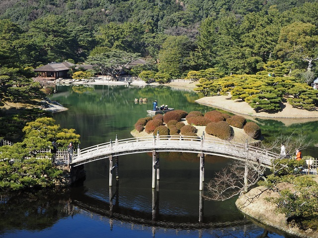 Travel Japan: Ritsurin Garden