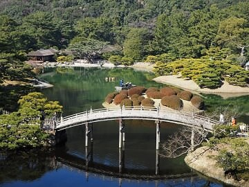 1. Essence of Spring | Southern Japan Tours<a name=south2></a>