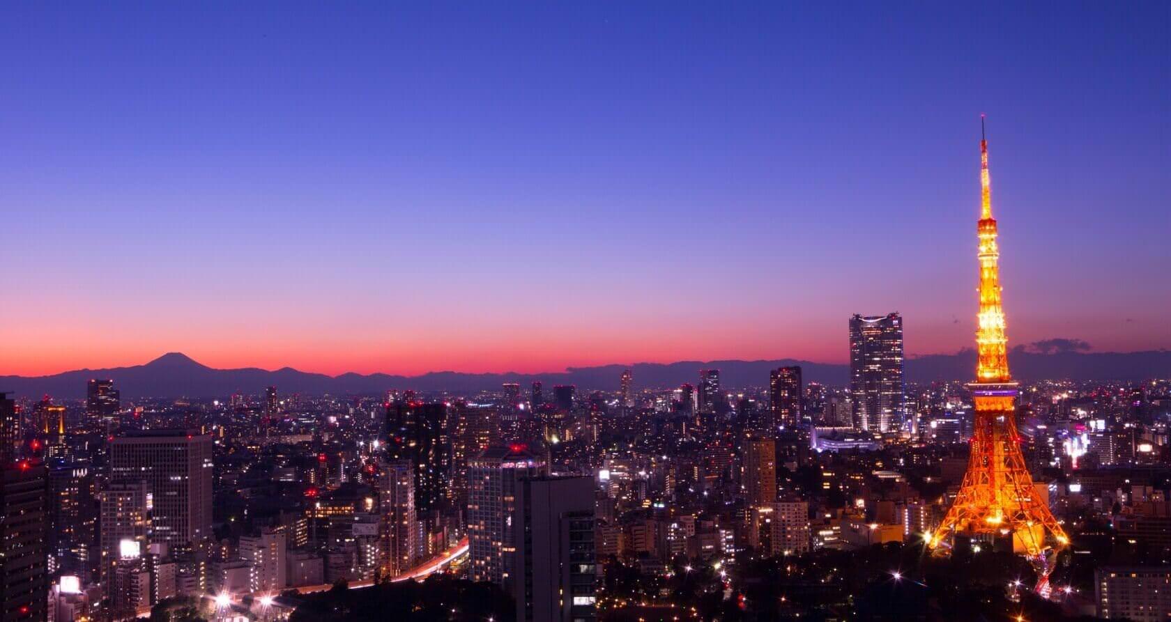 Tokyo TowerSkyline