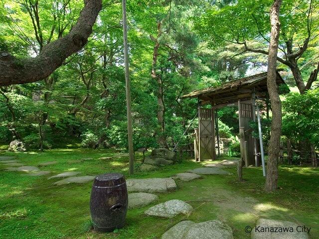 Kanazawa Gyokusen-tei Garden
