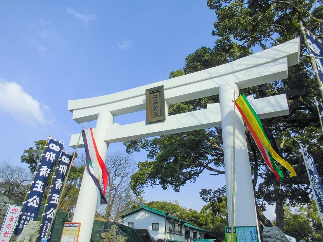 Kato Shrine close to the famous Kumamoto Castle