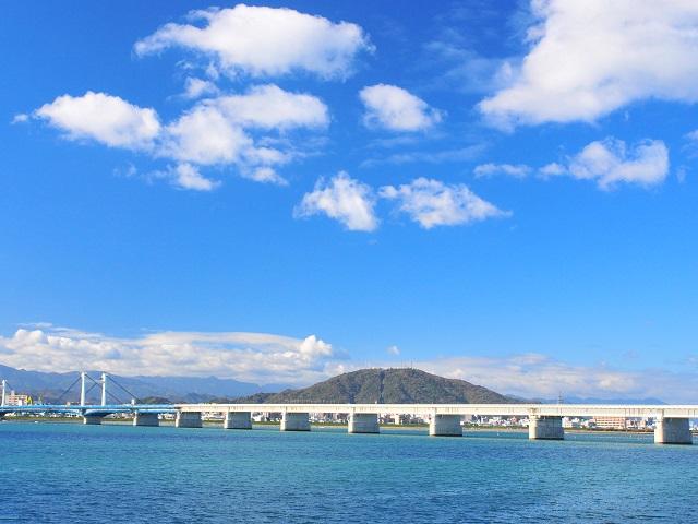 Shikoku's Second Longest River |
