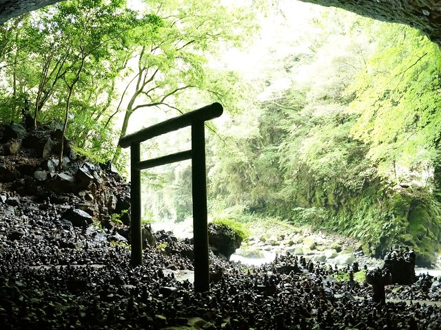 Miyazaki Takachiho   Heavenly Rock Cave