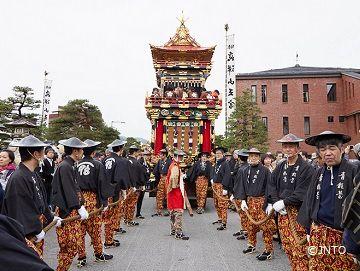 3. Spring Takayama Festival | Grand Japan Tour <a name=fest4></a>