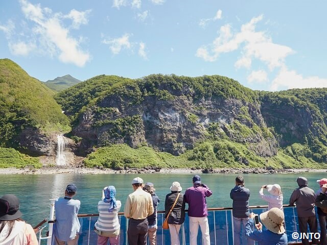 Scenic Cruise on the Shiretoko Peninsula