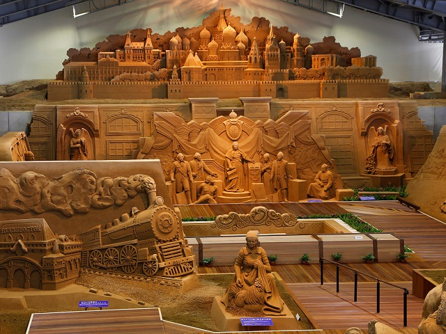 Themed Sand Exhibitions of Japanese Art