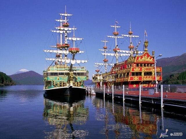 Scenic Cruise Rides | Lake Ashi